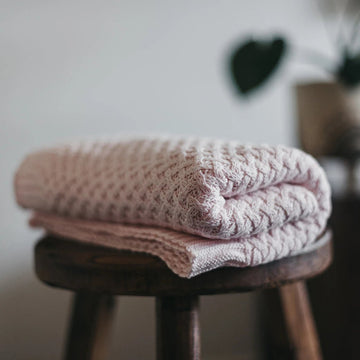 Snuggle Hunny Kids | Blush Pink Diamond Knit Baby Blanket | Little Lights Co.