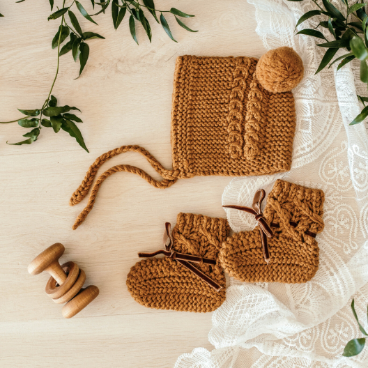 Merino Wool Bonnet & Booties Set, Bronze | Snuggle Hunny Kids | Little Lights Co.