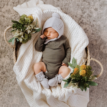 Merino Wool Bonnet & Booties Set, Grey | Snuggle Hunny Kids | Little Lights Co.