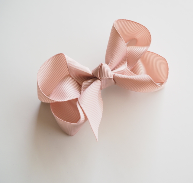 Bow Clip, Nude | Snuggle Hunny Kids | Little Lights Co.