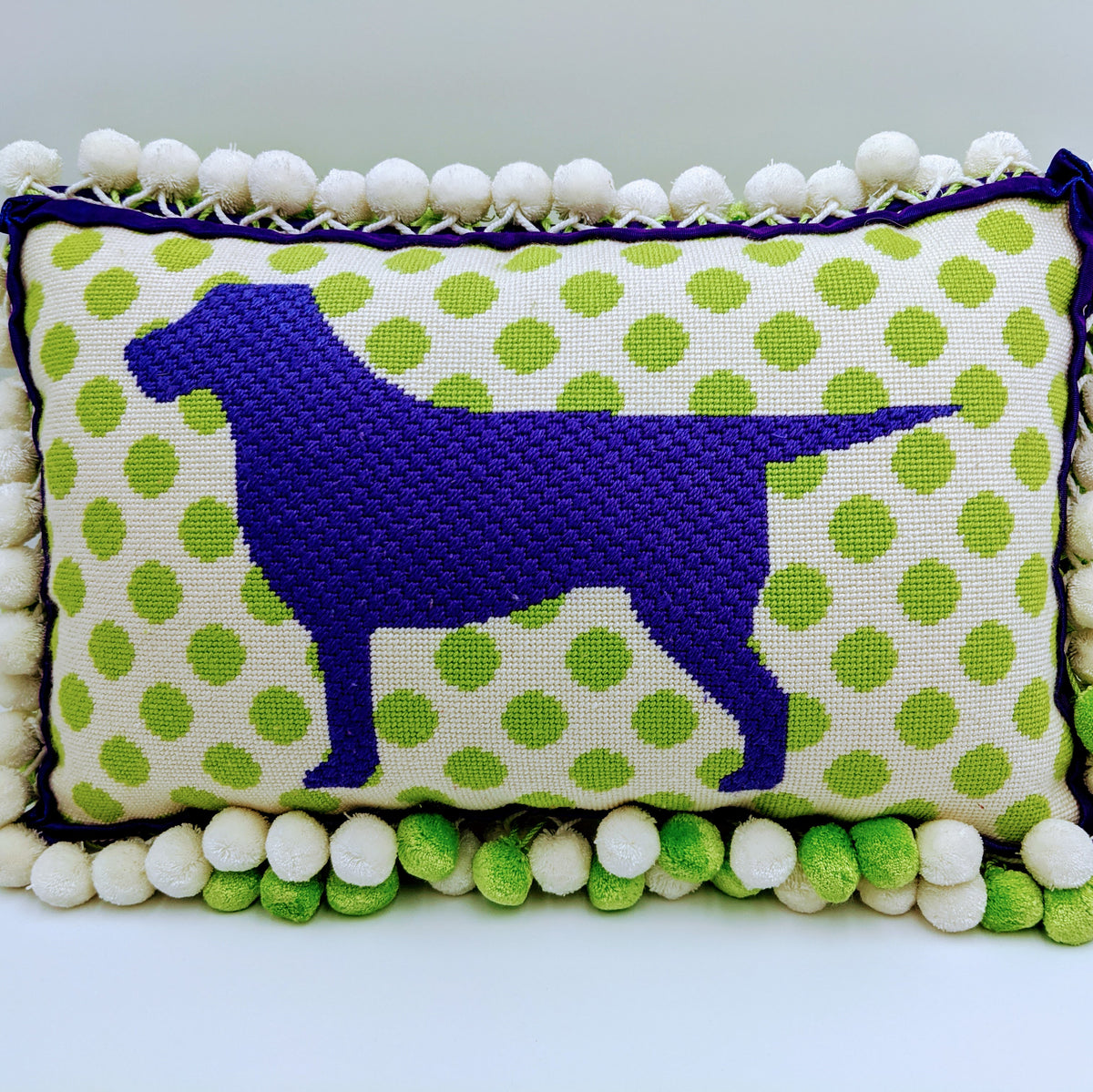 Mod Labrador Pillow Canvas on 13 Mesh
