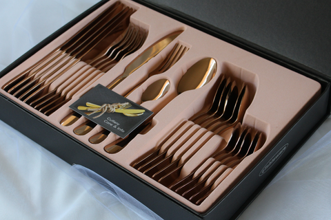 qTableware Rose Gold cutlery set