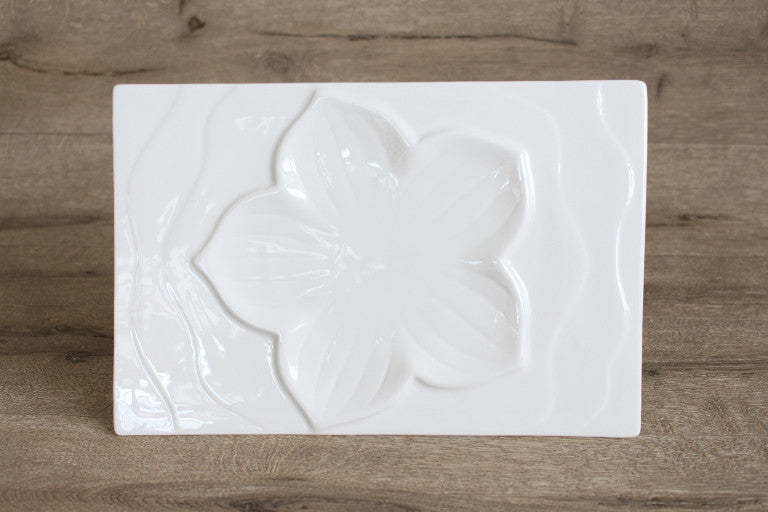 Lily Rectangle Plate
