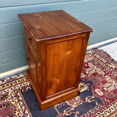 172.....A Pair Of Solid Teak Vintage Bedside Cabinets / Vintage Bedside Tables ( SOLD )