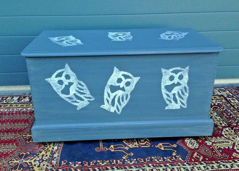 220.....Solid Pine Upcycled Blanket Chest / Upcycled Storage Chest
