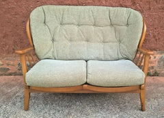 353.....Vintage Retro Sofa By Parker Knoll Stylish Retro Sofa