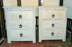 A Pair Of Refinished Pine Bedside Chests / Bedside Tables
