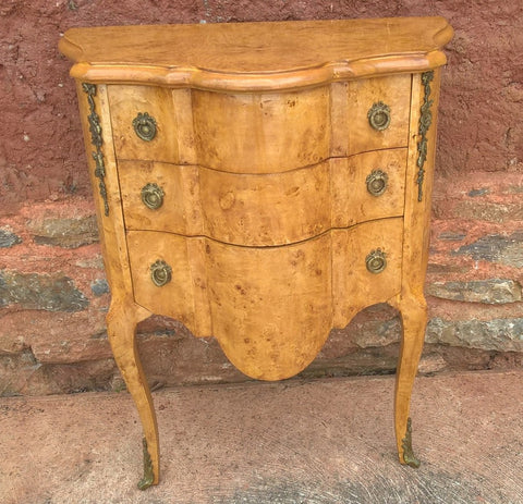 180....Lovely Vintage French Chest Of Drawers