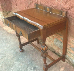 302.....Superb Carved Oak Side Table / Vintage Writing Table