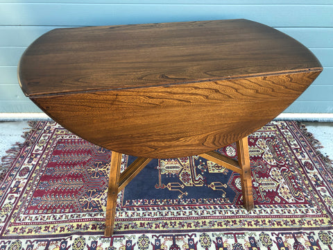 152.....Ercol Dining Table / Ercol Dropleaf Kitchen Table