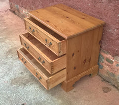 339.....Vintage Solid Pine Chest Of Drawers