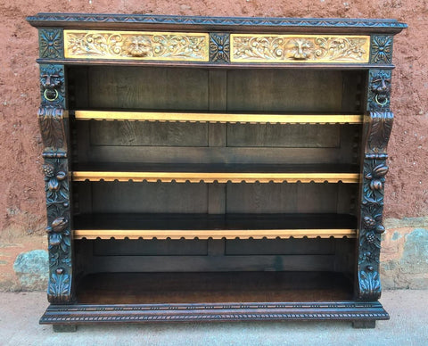 175....Magnificent Carved Oak Bookcase !