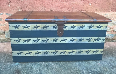 202.....Vintage Hardwood Storage Chest - Upcycled Blanket Box - Coffee Table