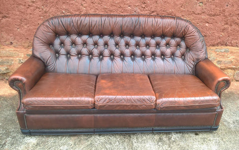 211.....Vintage Leather Deep Buttoned Sofa - Leather 3 Seater Settee