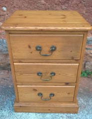 Pair Of Pine Bedside Chests / Good Quality Heavy Pine Bedside Cabinets