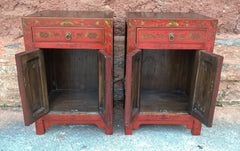 232.....Stunning Pair Of Vintage Oriental Bedside Cabinets - Decorative Lacquered Lamp Tables