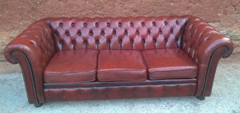 234.....Chesterfield Leather Sofa - Vintage 3 Seat Settee -