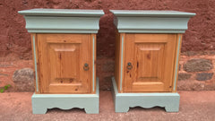 240.....Attractive Pair Of Vintage Bedside Cabinets