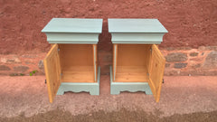 Attractive Pair Of Vintage Bedside Cabinets