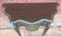 241.....Stunning Vintage Console Table / Vintage French Hall Table