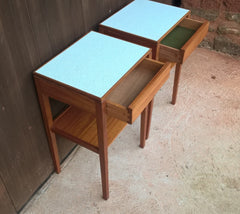 A PAIR OF TEAK RETRO BEDSIDE TABLES - RETRO LAMP TABLE