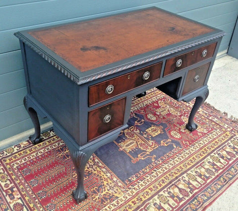 182.....Vintage Mahogany Desk / Vintage Chippendale Style Writing Table ( SOLD )