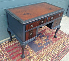 182.....Vintage Mahogany Desk / Vintage Chippendale Style Writing Table