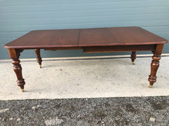 157.....Antique Mahogany Extending Dining Table / Solid Mahogany Table ( SOLD )