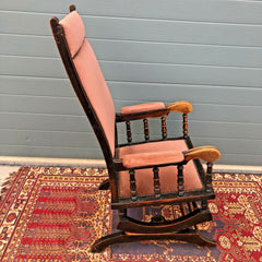 165.....Antique American Rocking Chair / Vintage Rocking Chair