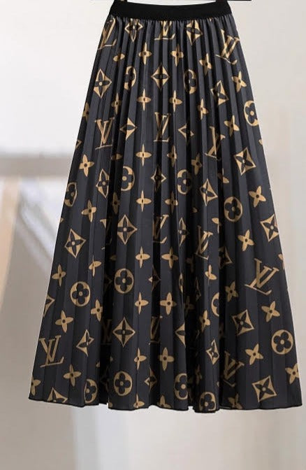 Beautiful LV Brand Women's Pleated High Waisted Skirt - Brown