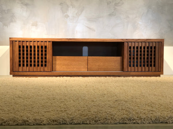 "82"" Warm Honey Oak Media Console FT82WS"