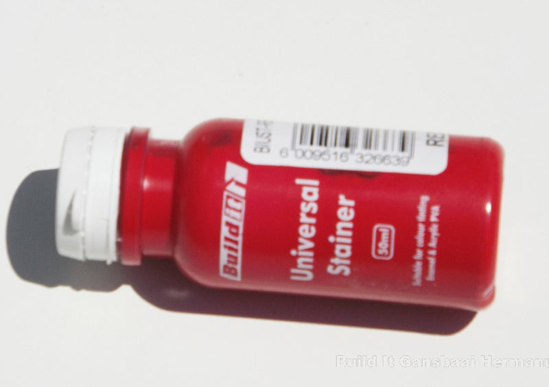 Universal Stainer Red 50ml