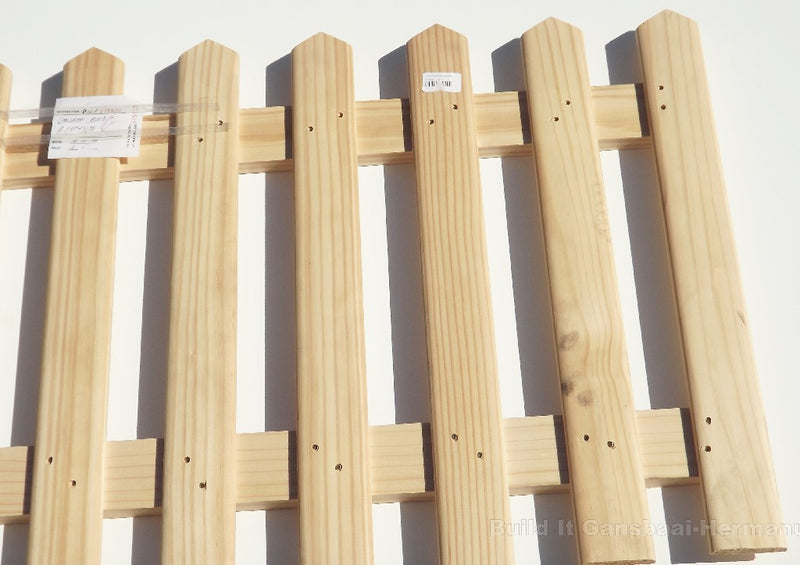 Pine Picket Fence 600mm x 1800mm