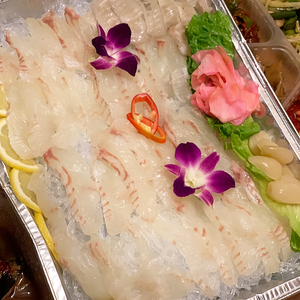 Sliced Raw flatfish / 광어회