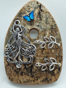 Wooden Organic Queen Fairy Door - Wings Closed with Turquoise Butterfly
