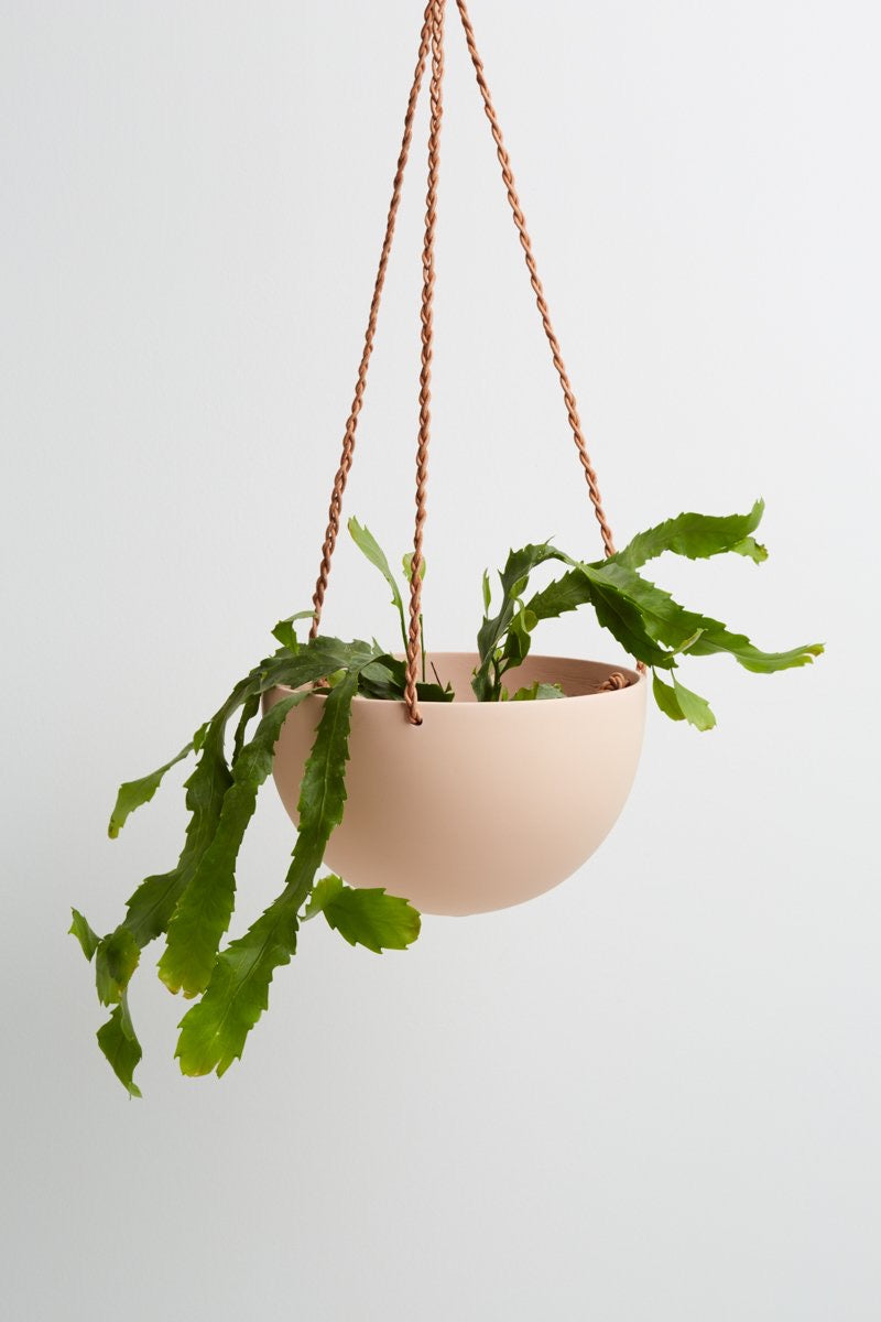 Dome Hanging Block Colour Pot