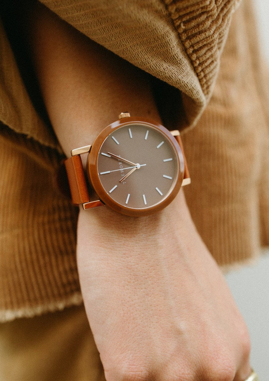 The Resin - Caramel Shell / Dark Caramel Dial / Tan Leather Strap