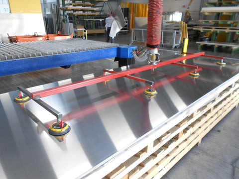 Large Sheets Handling with vacuum liting unit