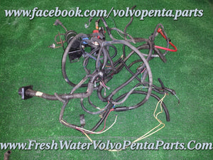 Volvo penta 2011 PMC 5.7L Carburated engine wiring harness 8106209