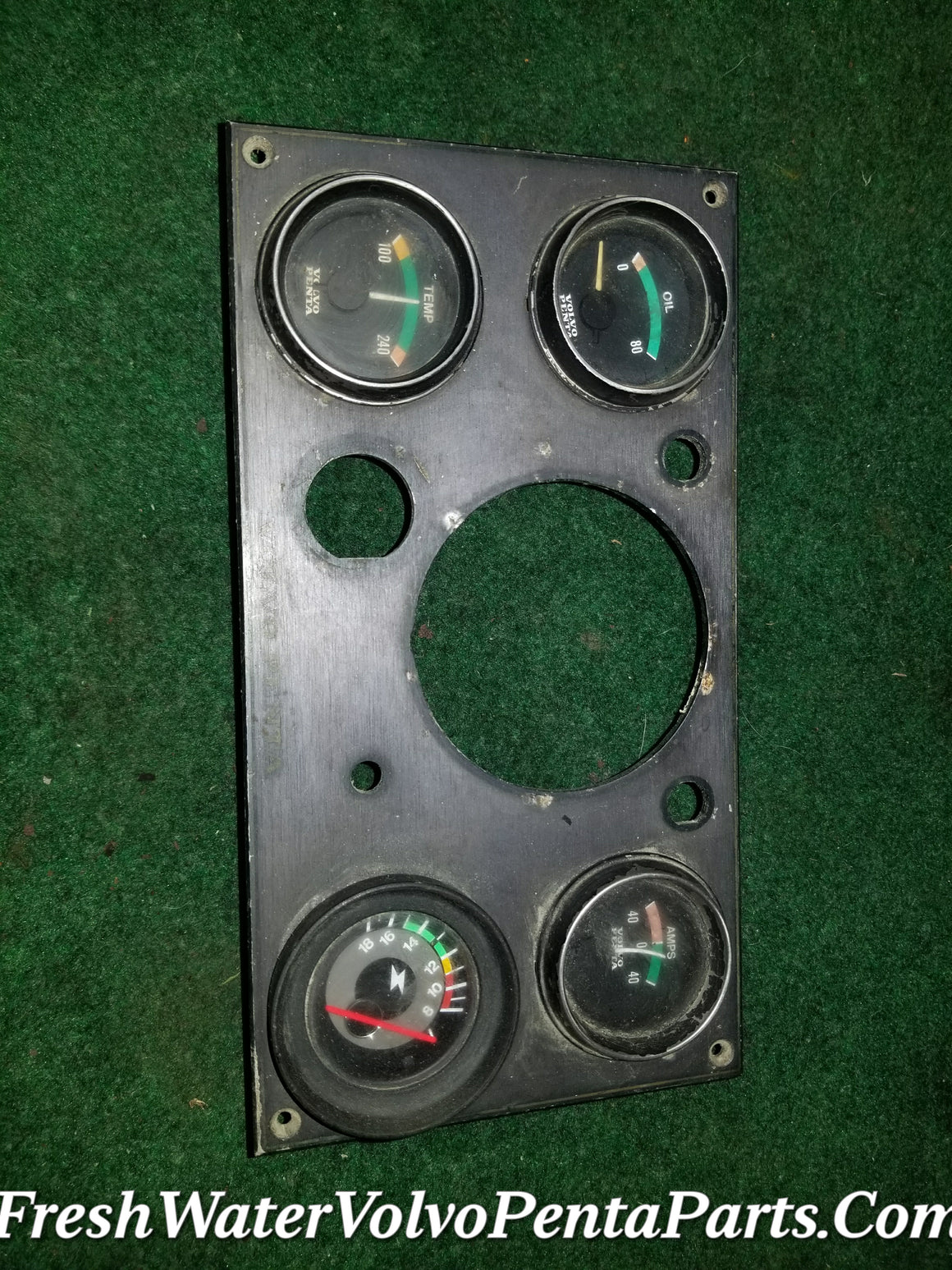 Volvo Penta Instrument Panel 841075 Denmark with gauges