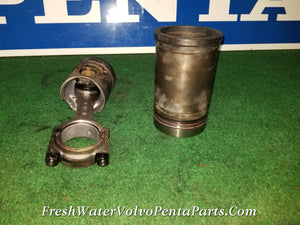 1 Volvo Penta KAMD42 P-A Cylinder Liner Kit Sleeve & piston assembly 876851 860807