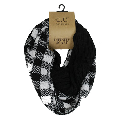 Cable Knit Infinity Scarf Black/Plaid