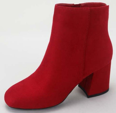 Moody Bootie Red