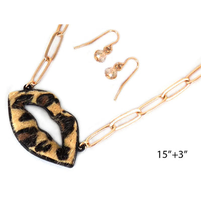 Leopard Lips Necklace