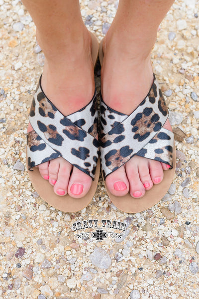 Wild Way Leopard Slides