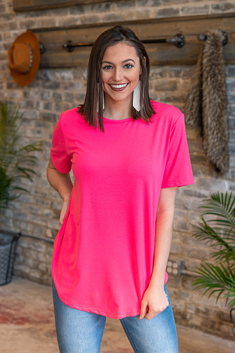 Basic Scoop Tee Neon Pink