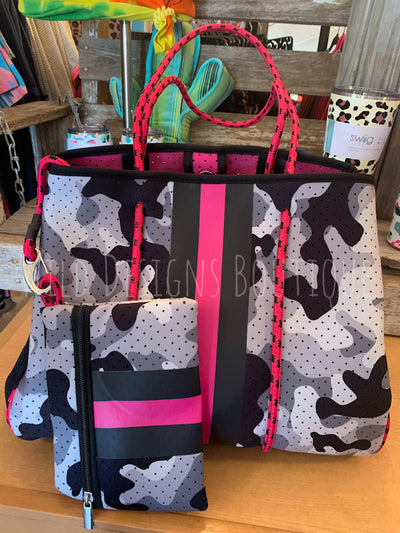 Grey Camo/Hot Pink Beach Bag