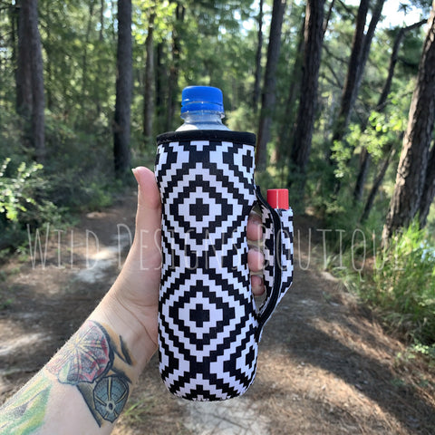Aztec Water Bottle Pocket Handler
