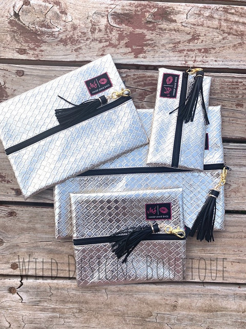 Makeup Junkie Bags White Gold
