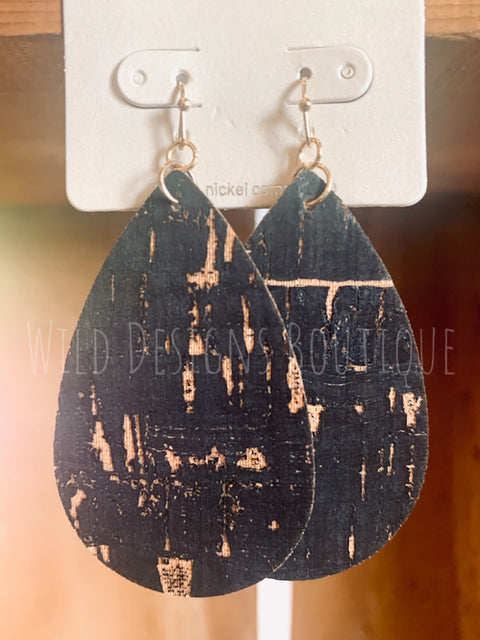 Cork Earrings Crackled Black